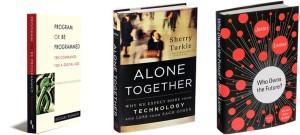 מימין לשמאל: ספריהם של ג'יוון לנייר, שרי טרקל ודאגלס ראשקוף